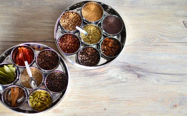 ナツメグと相性が良い3種のスパイスと、おすすめレシピのご紹介