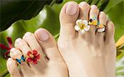 サンダル生足の一歩先ゆくオシャレ 足の指輪「トウリング」がかわいすぎる!