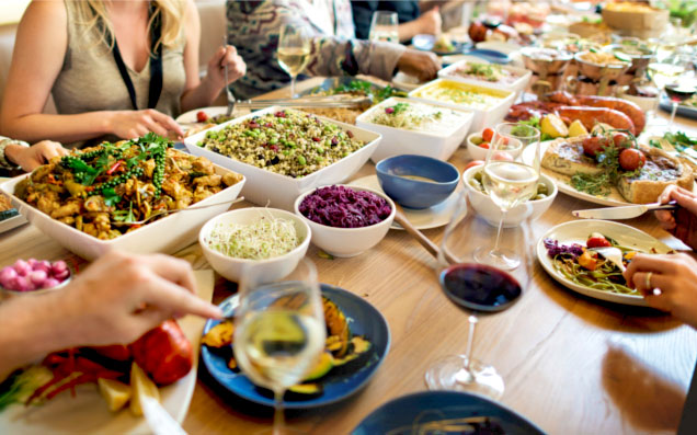 パーティーをもっと素敵に!食器で魅せるテーブルコーディネート