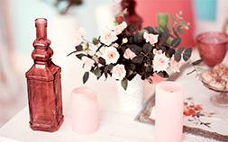 お花を飾るだけじゃない!花瓶のおしゃれな活用術
