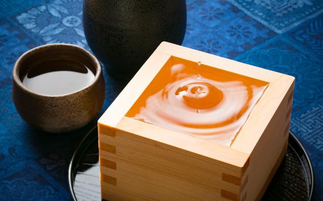 これぞ粋な飲み方!日本酒から教わる大人のたしなみ