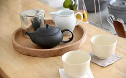 春には丁寧なお茶時間を。東屋の茶器で日本茶を楽しもう!