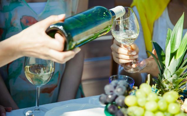 どんな方法がおすすめ?ワインの「美味しい!」を引き出すコツ