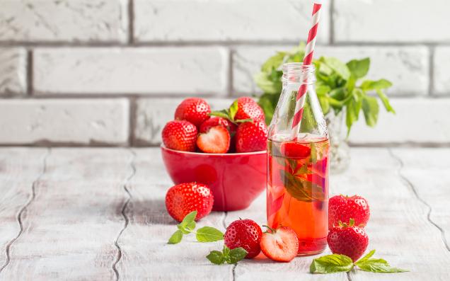 旬のフルーツとワインでおしゃれにキメる♡春らしいお酒の飲み方