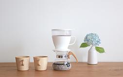忙しい朝にぴったり。ハンドドリップコーヒーの美味しさを手軽に楽しめる「OXO オートドリップ コーヒーメーカー」の話