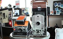 日常がアートになる、アナログフィルムの魅力。インスタントカメラがある暮らし