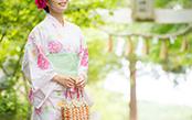 夏祭りはコレできまり! かご巾着と浴衣で仕上げる和のオシャレ