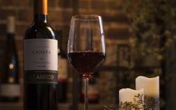 グラスで楽しむ冬のワイン