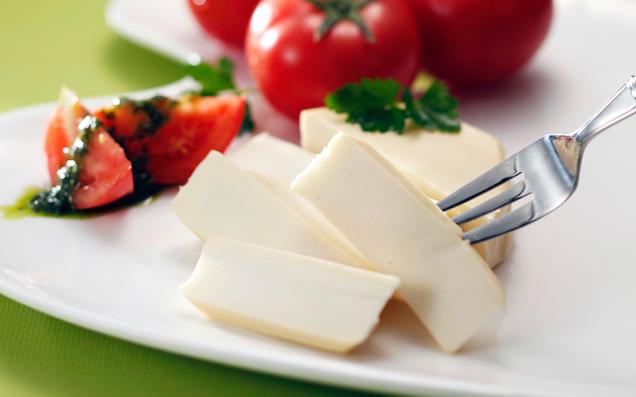 北海道生まれナチュラルチーズはいかが?フレッシュで美味しい栄養満点