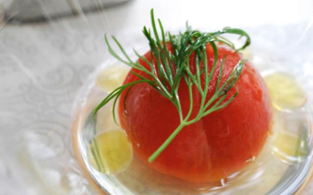 デザイナープロデュースブランド「LA PETITE EPICERIE」の調味料で、野菜をおいしくいただこう