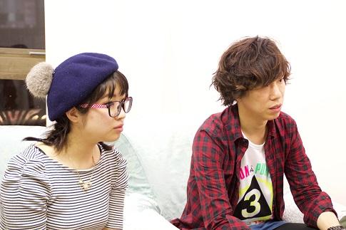 左から、WEB担当の相良美早さんと事業部長の酒井祐介さん