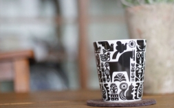 ティータイムを演出する個性派マグカップ