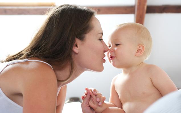 かっこいい大人ママたちへこそおすすめしたい「おしゃれ母子手帳ケース」
