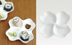 幸せな食卓を飾る、白い「四つ葉のクローバー」