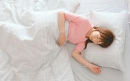 寝苦しい熱帯夜も快眠できる!接触冷感寝具で、涼しく眠ろう